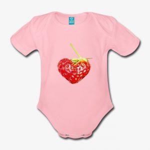 Baby-Body_rosa_Erdbeerherz